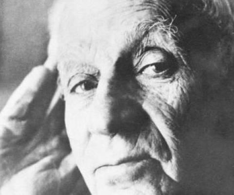 """""""Το φως που καίει""""-100 χρόνια ΚΚΕ"""