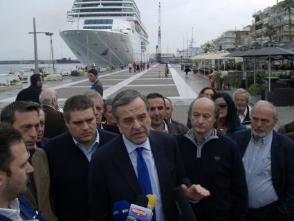 Ανοιχτά μαγαζιά για τα κρουαζιερόπλοια και την ανάπτυξη ζήτησε ο Αντ. Σαμαράς
