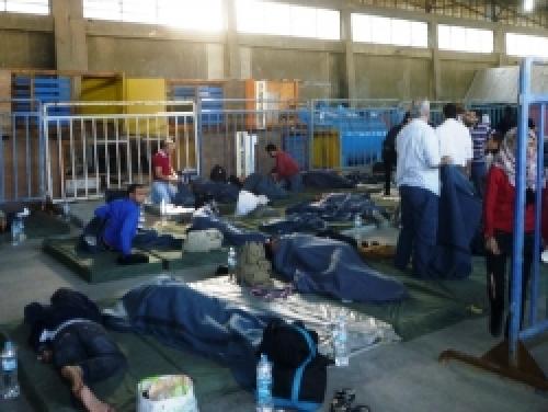 Οι μετανάστες που την προηγούμενη εβδομάδα βγήκαν στο λιμάνι της Καλαμάτας