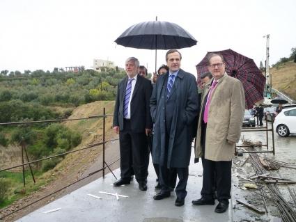 Από την επίσκεψη του πρωθυπουργού, στα Θεοφάνεια του 2014, στην περιμετρική οδό της Καλαμάτας, όταν είχε ανακοινωθεί ότι το έργο θα παραδιδόταν μέχρι το τέλος του 2014...