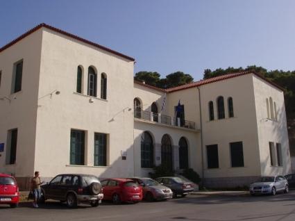 Το Ινστιτούτο Νέστωρ