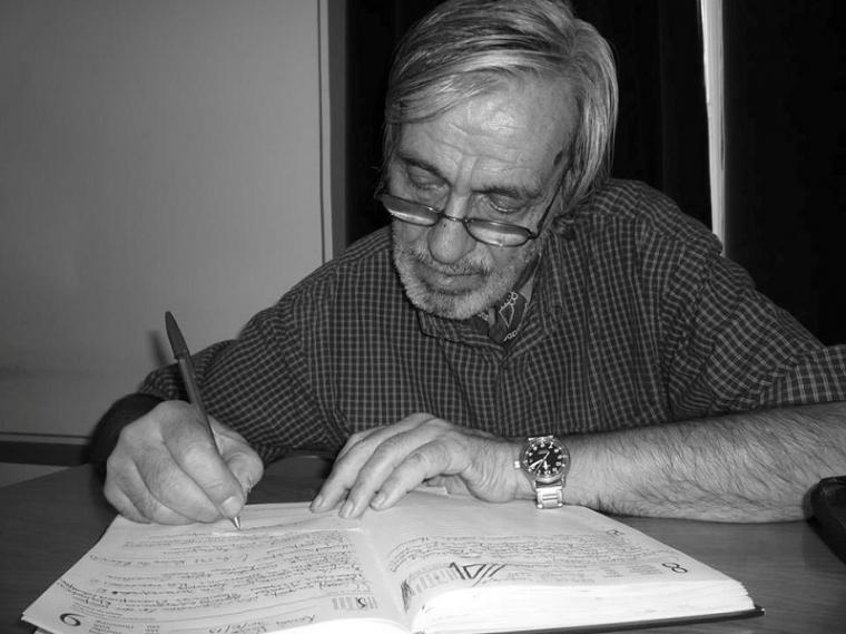 Έφυγε ο κοσμοπολίτης δημοσιογράφος Θανάσης Κουκοβίστας