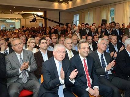 Αντιδράσεις για την απόφαση Σαμαρά να κρατήσει την έδρα της Μεσσηνίας